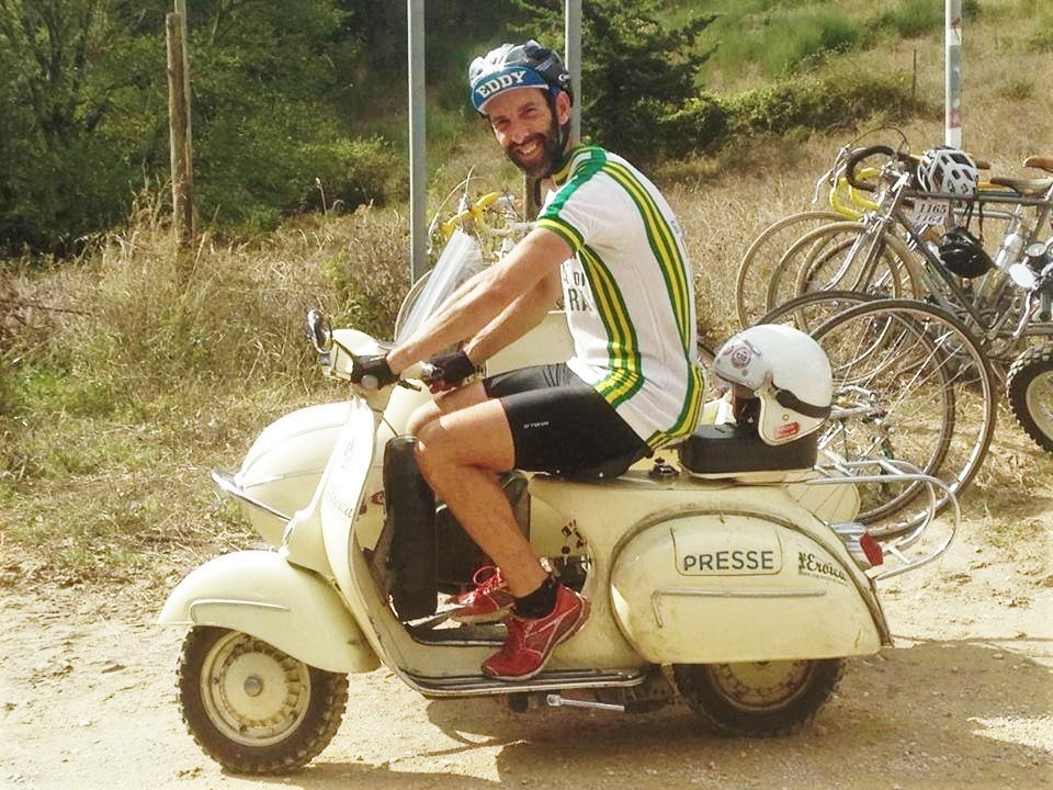 Getting on the bike at l'Eroica gran fondo