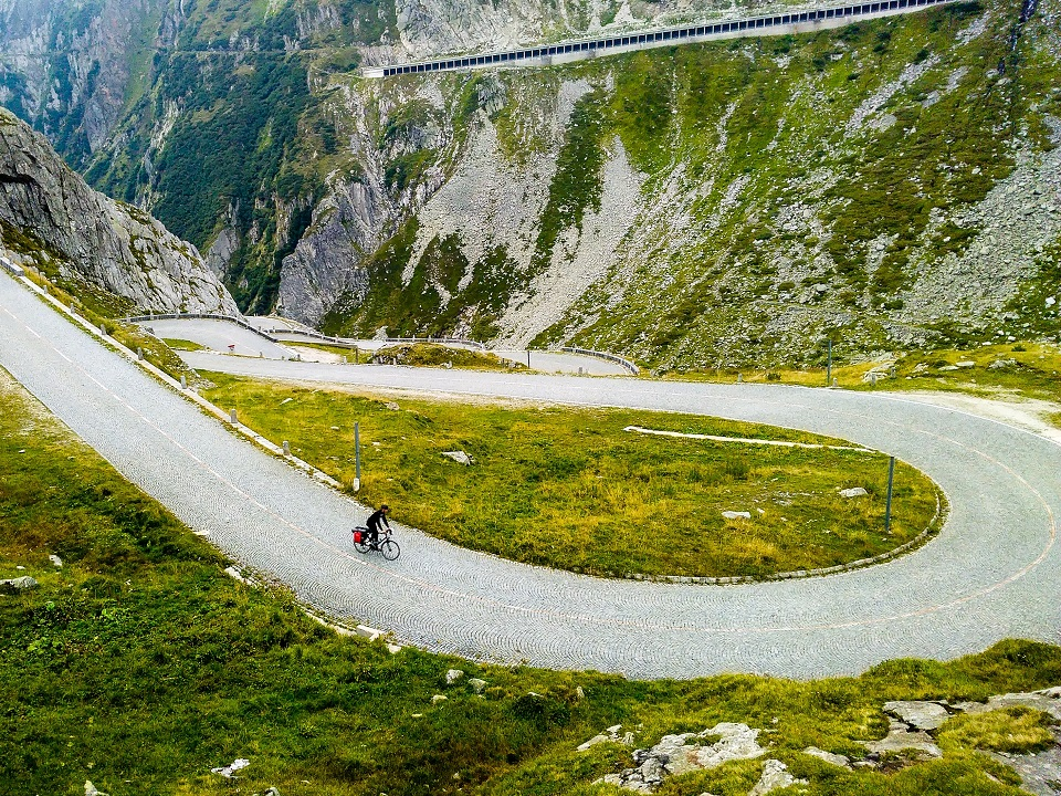 Time for Grimsel and Furka Pass