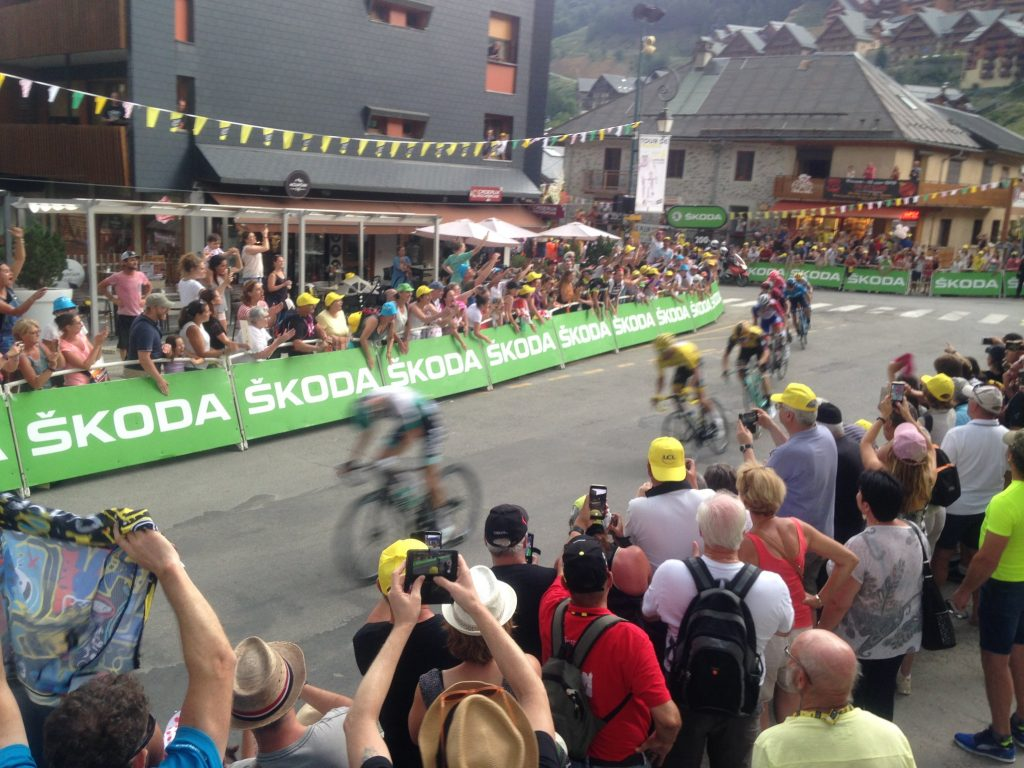 Sprint finish in Valloire in the Tour de France