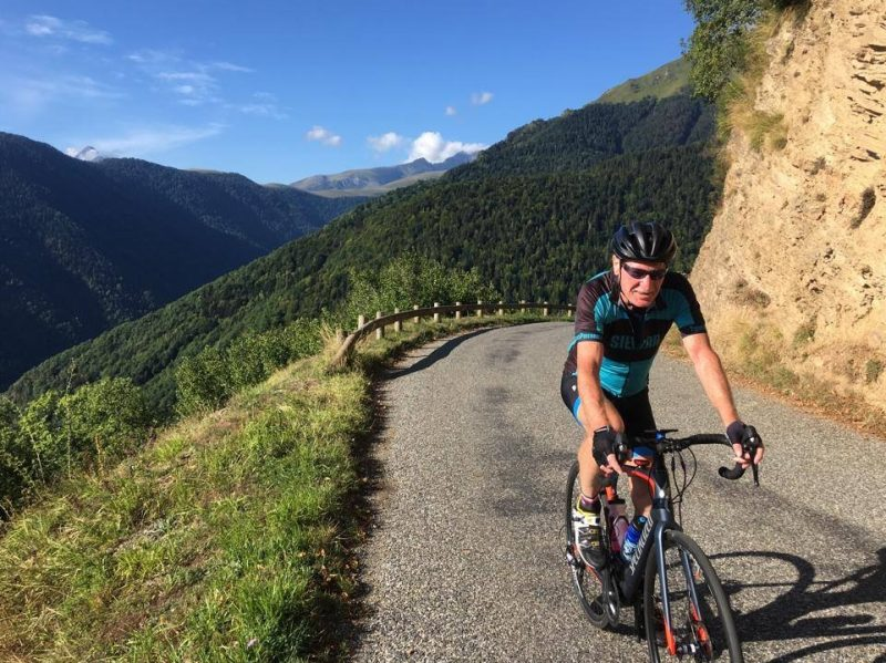 Cycling over Hourquette d'Ancizan from Saint-Lary-Soulan