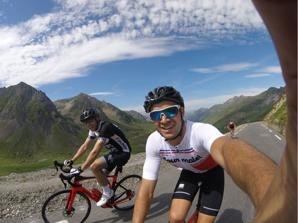 Selfie time within the last kilometres of the Tourmalet climb