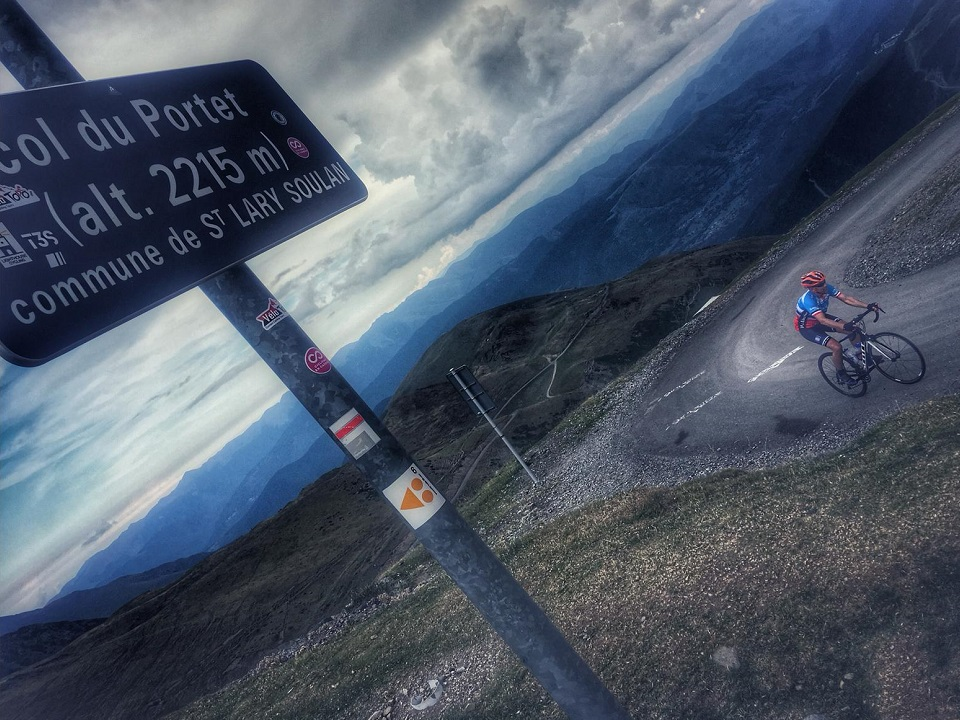 The recently asphalted climb up to Col du Portet above Saint-Lary-Soulan